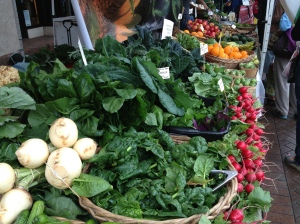 Get fresh greens at your local farmers market. Cleaner food = Clearer Thoughts